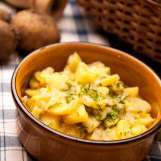 "Kartoffelsalat ""fränkische Art"""