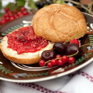 Konfitüre, Marmelade und Gelees aus fränkischem Beerenobst