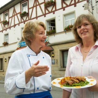Hotel-Gasthof Wasserschloß K. Bär und C. Bethke OHG, Mitwitz