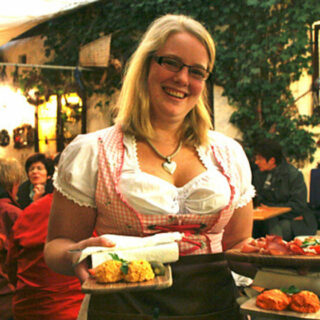 Bayreuth: Zum Beckn Bier in Connys Buschenschänke