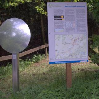Bobengrün: über den Planetenweg und zum Geotop Marmorsteinbruch Horwagen