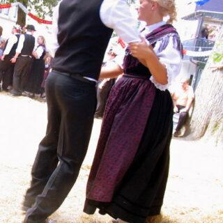 Ebersdorf: Zur Ebersdorfer Kirchweih mit Plantanz