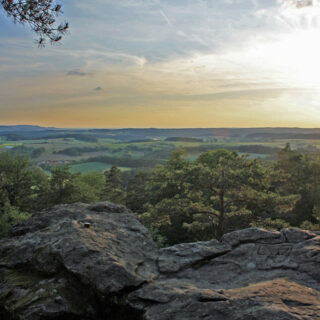 Haßberge: Wanderung zum Veitenstein