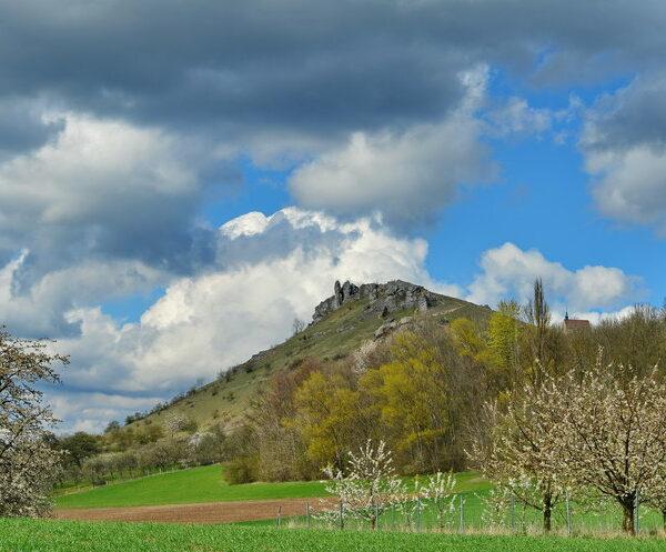 Kirchehrenbach, Wiesenthau bis Leutenbach: Auf dem Panoramaweg rund ums Walberla