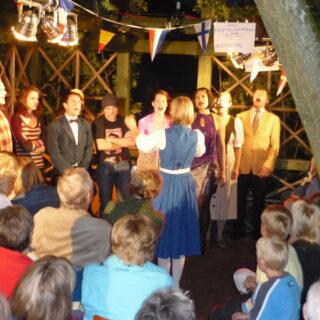 Peesten: Zur Lindenkirchweih mit Tanz auf der Linde