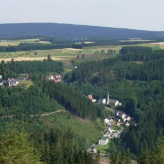 Schwarzenbach am Wald: Abenteuer Erdgeschichte - auf dem Geopfad Döbraberg - Eisenbachtal