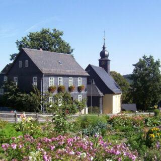 Steinbach an der Haide: Besuch im Pflanzgarten auf dem Dorfplatz